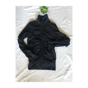 Lululemon raja jacket reversible/black mesh ruched